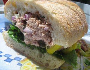 Tuna_sandwich2_1